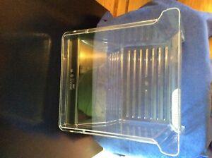 WHIRLPOOL REFRIGERATOR CRISPER DRAWER PLASTIC VEGETABLE BIN W10308861