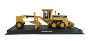 Motor Grader - 1:64 Construction Machine Model (Amercom MB-12)