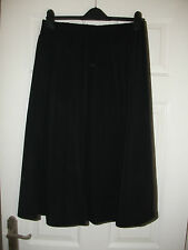 ladies black skirt from Special Occassions size 12 L30 NEW (LD687)