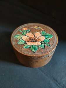 VINTAGE SOLID WOOD HAND PAINTED ROUND JAPANISE BOX WITH LID
