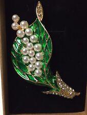 Brooch (Flower bundle in faux pearls with enameled alloy wrap)