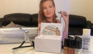 Luminess Air Makeup Airbrush System in White. Used only once, in good condition.