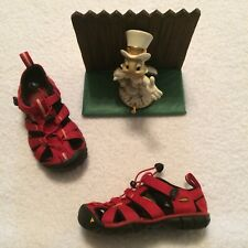 Sz 10 Toddler KEEN Boys Red Closed Toe Sandals Shoes PristineEUC Washable