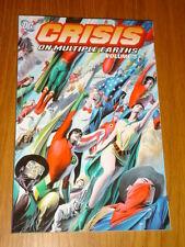 CRISIS ON MULTIPLE EARTHS JUSTICE LEAGUE  DC COMICS VOLUME 3 < 9781401202316