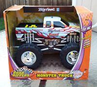 Road Rippers 4x4 Bigfoot Summit Monster Truck Motorized Firestone Toy State NIB