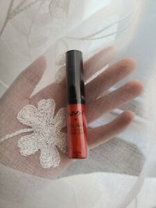 NYX Glam Lipgloss Aqua Luxe Lip Gloss - Le Chic - GLG15
