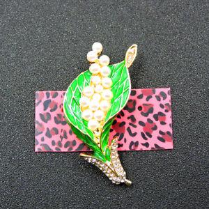Women's Green Enamel Crystal Pearl Flower Charm Betsey Johnson Brooch Pin