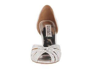 NIB Badgley Mischka Tatiana satin wedding bridal sandals pump shoes white 7