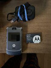 Motorola Razr V3 - Silver (Unlocked) Cellular Phone—-Includes Accessories