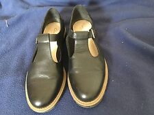 Ladies Leather Clarks Shoes Size 6