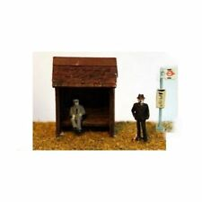 Bus Shelter & bus stop with figures (N scale) - Unpainted - Langley A22