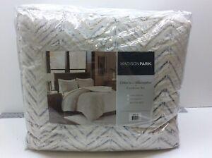 Madison Park MP10-4803 Adelyn Ultra Soft Plush Faux Comforter Set King/Cal Ivory