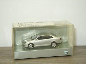 VW Volkswagen Jetta - Wiking 1:87 in Box *43230