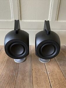 Bang & Olufsen b&o BeoLab 3 Active Speakers with wall brackets