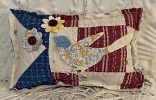 NEW Small Handmade Bird Pillow Tuck  Vintage Quilt  Super Cute! Quilt Appliqués