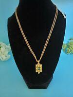 Liz Claiborne Retro Necklace Pendant Bead And Gold Tone Chain Fashion Jewelry