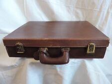 Attache Case  VALISE  cuir marron VINTAGE   Le Tanneur