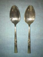 """Oneida """"Morning Star""""  Silver-plate solid Serving Spoons/Lot of 2"""
