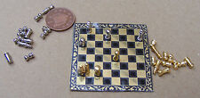 1:12 set di scacchi in metallo scala & Board giocattolo in miniatura casa delle bambole Accessorio Gioco