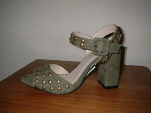 SOLE DIVA  KHAKI STUDDED HEELED  SANDALS SIZE 5/38 EXTRA WIDE FIT EEE FIT