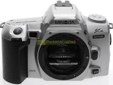 Minolta Dynax 404si Silver (Maxxum STSI) Quartz Date, reflex a pellicola.