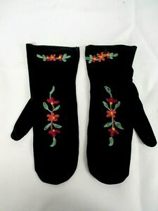 ANTIQUE BLACK VELVET MITTENS with EMBROIDERED FLOWERS