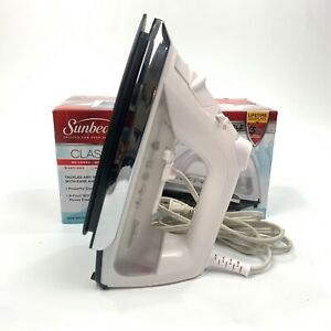 Sunbeam GCSBCL-317-000 Classic Iron - New (Open Box) Tested And Working