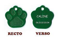 medaille gravee chien ou chat - modele grande patte de chat caline - verte