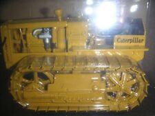 Caterpillar 22 Track Type Tractor w/Metal Tracks 1/16 Die-cast Norscot 55154 NIB
