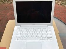 MacBook 7,1: (mid 2010), 2.4Ghz, 250GB Hard, 2G Ram-model-A1342