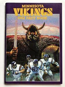 1982 Minnesota Vikings Media Press Guide