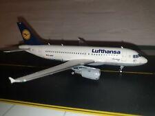 Lufthansa Airbus a319-100 D-ailf 1:200