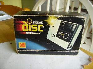 Vintage Kodak Disc 4000 camera with box & paperwork Made in USA.