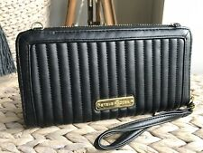 Steve Madden black quilted purse wallet