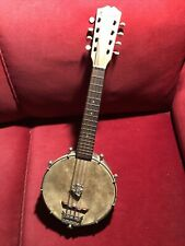 Mandoline Banjo / Banjolin.