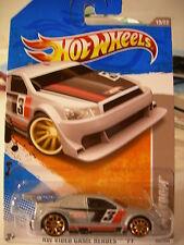 Hot Wheels Amazoom HW Video Game Heroes Grey