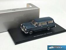 Mercedes Benz 230 (W110) Universal  Spark B66040586 1:43