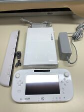 Nintendo Wii U 8GB White Console System & Gamepad Cables *FULLY FUNCTIONAL*