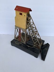 Vintage Original 1946-1950 LIONEL Coal Elevator Loader, O Scale
