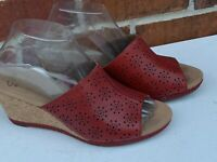 Clarks Collection Floral Platform Wedge Sandals Red Leather Shoes Size 8.5 M