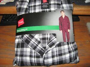 Hanes Mens Medium 2 Piece Cotton Black/Grey/White/ Plaid Flannel Pajama Set New
