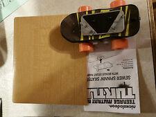 Teenage Mutant Ninja Turtles Sewer Spinnin' Skateboard + Bonus Stunt Ramp & Inst