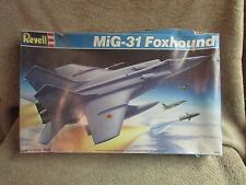 Revell MiG-31 Foxhound Model Kit - 1:72 Scale - #4349     (B 10)