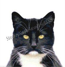 Tuxedo Cat ~ Cats, Kittens ~ Counted Cross Stitch Pattern