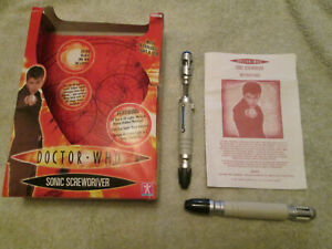 10th Dr. Doctor Who Sonic Screwdriver bundle. Working light and Sounds. 2004.