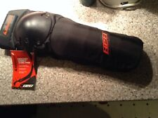 Rollerblade inline skate sleeve style knee/shin pads New size sm/med adult