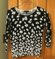 ANN TAYLOR Black & White 100% Cotton Semi-Open Knit DAISY PRINT TOP Size Small