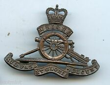 Officers Service Dress  Royal  Artillery  QE2  Cap Badge