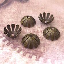 Pack de 20 Floral Brass Bead Caps en Antique Bronze
