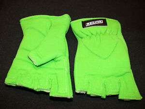 ATB/MTB/ANY BIKE NEON GREEN CYCLING GLOVES LARGE SIZE GREEN